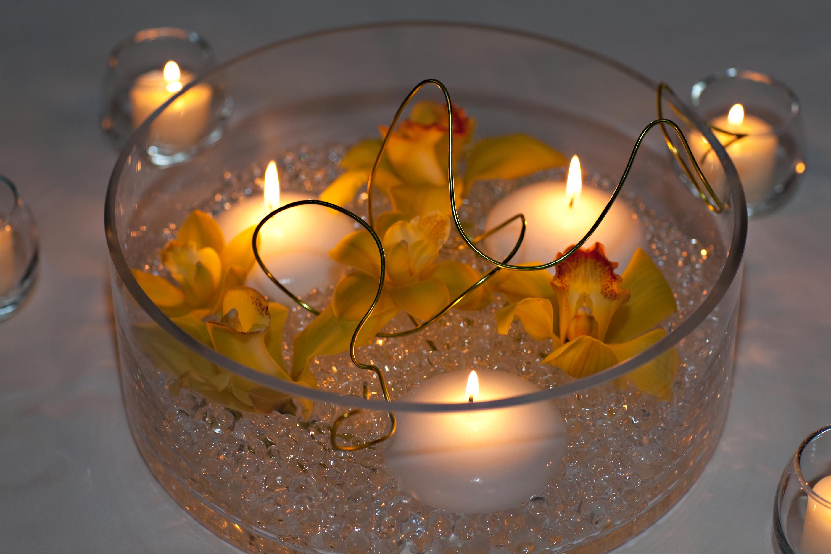картинка свеча в вазе отметила африкантова, неё